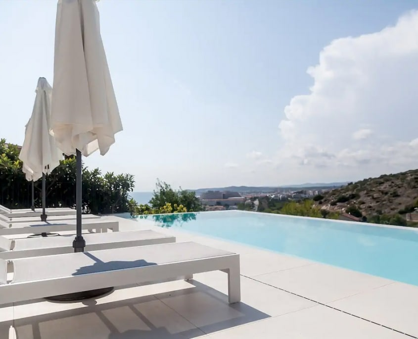 Ibiza Style villa with seaview & infinity pool