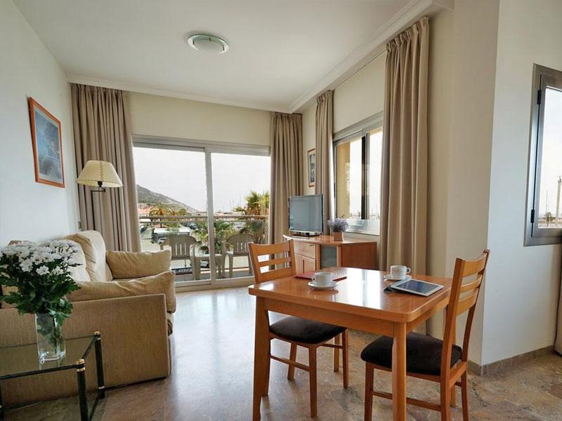 Отель Port Sitges