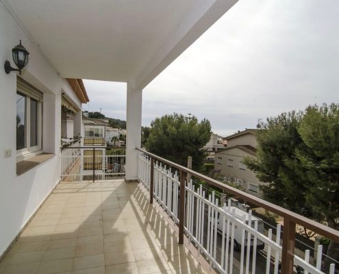 Sunny apartment for sale in Levantina Sitges