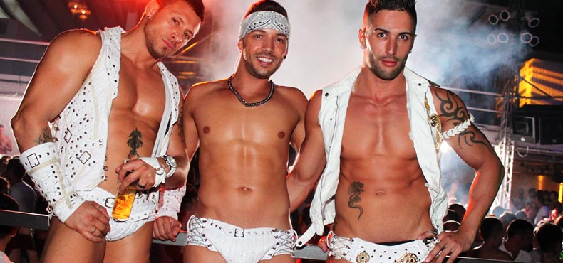 Sitges gay nightlife